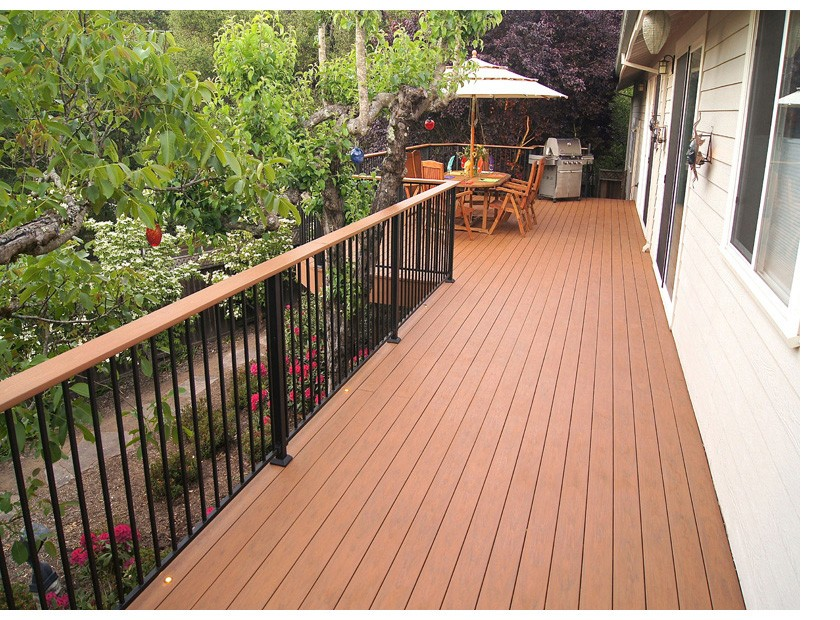 Deck maintenance comparison guide synthetic composite for Synthetic deck material